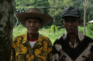 Ethnic Dayak villagers have vowed to fight companies eyeing their land [Gohong/2014/Dana MacLean/Al Jazeera]